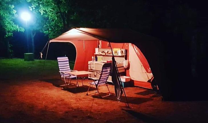 Twintig jaar oude Combi-Camp Venezia vouwwagen