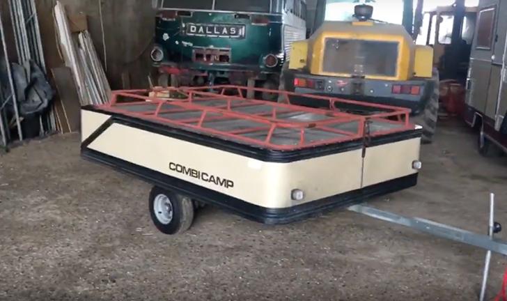 Oud model Combi-Camp vouwwagen