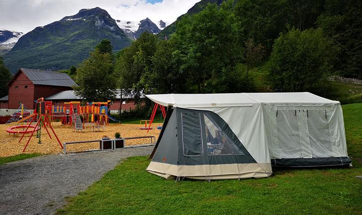 Combi-Camp Country vouwwagen op de camping